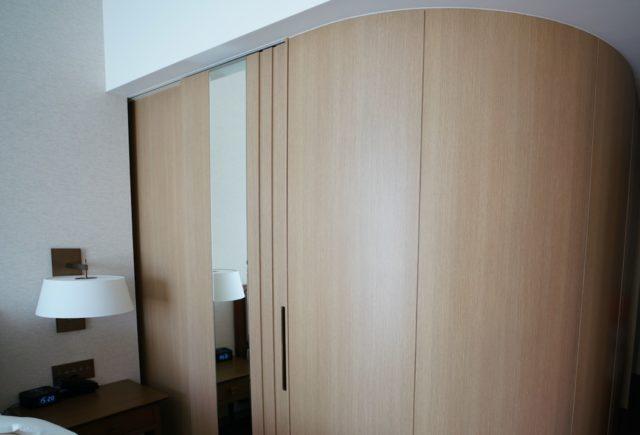 扉を閉めたバスルーム