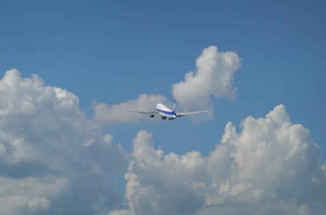 離陸した767(JA608A)