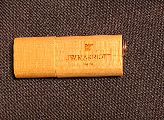 JWマリオットホテル奈良のロゴ入りUSBメモリ