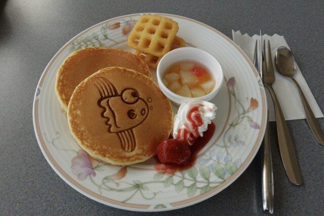 マンボウが刻印されたパンケーキ